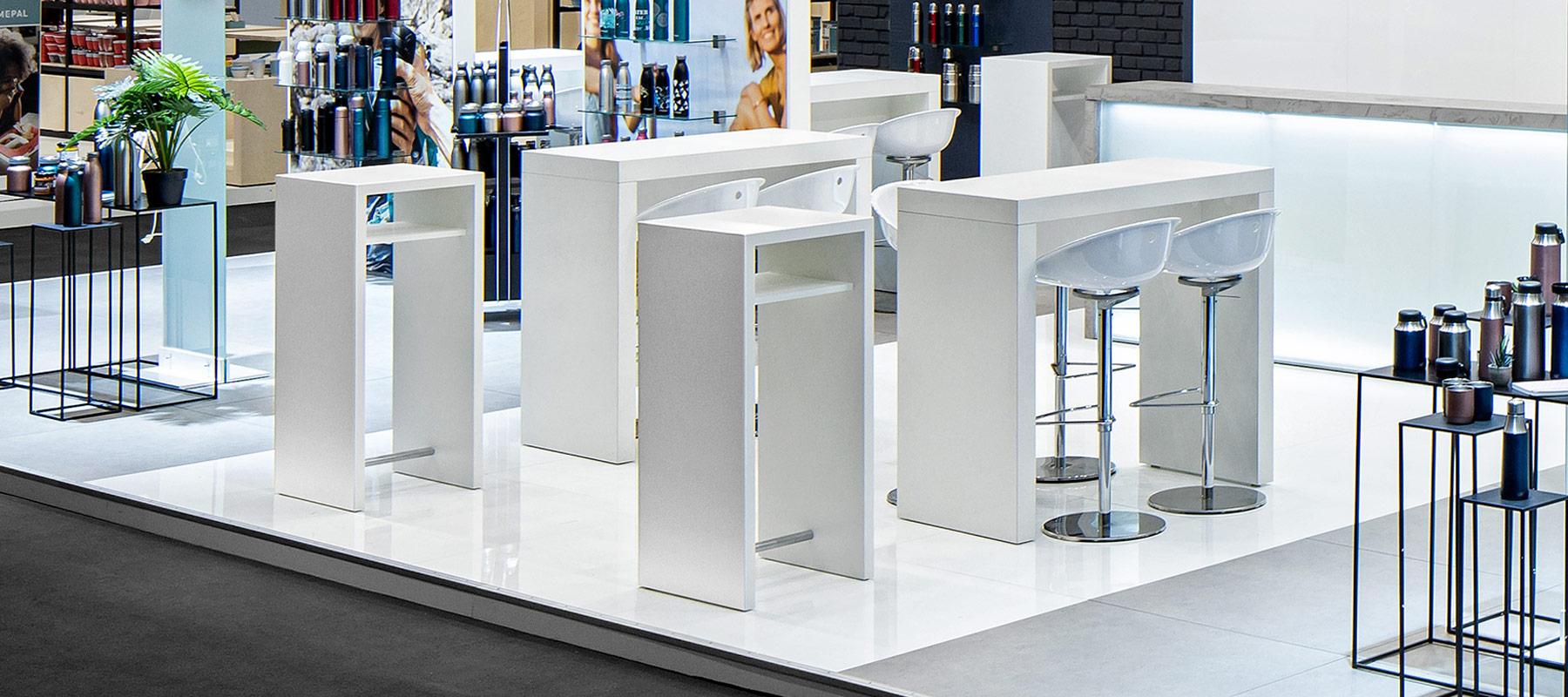 Unsere Leistungen Leichtbau-Möbel